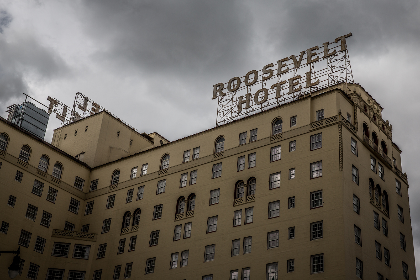 bolfo_0008s_0007_Rosevelt Hotel