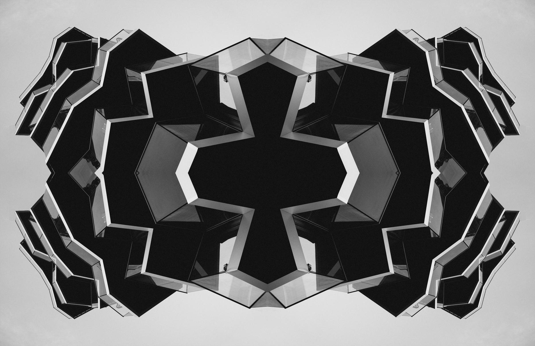 Day 198 – Friday July 18 – Abstract Tjuvholmen